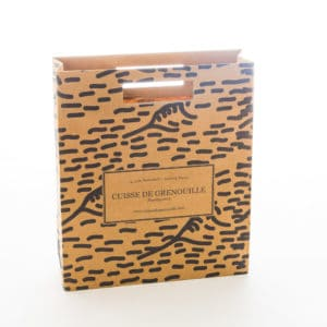 un sac papier kraft avec des poignées découpées