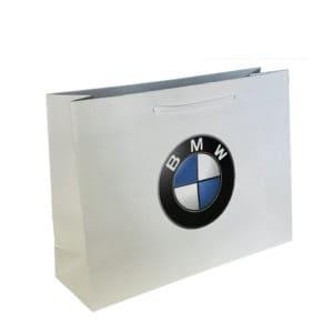 un sac papier de luxe pour la marque automobile bmw