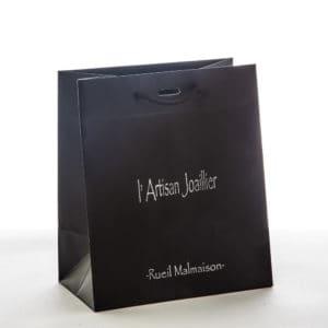 un sac papier pour bijoux de l'artisan joaillier