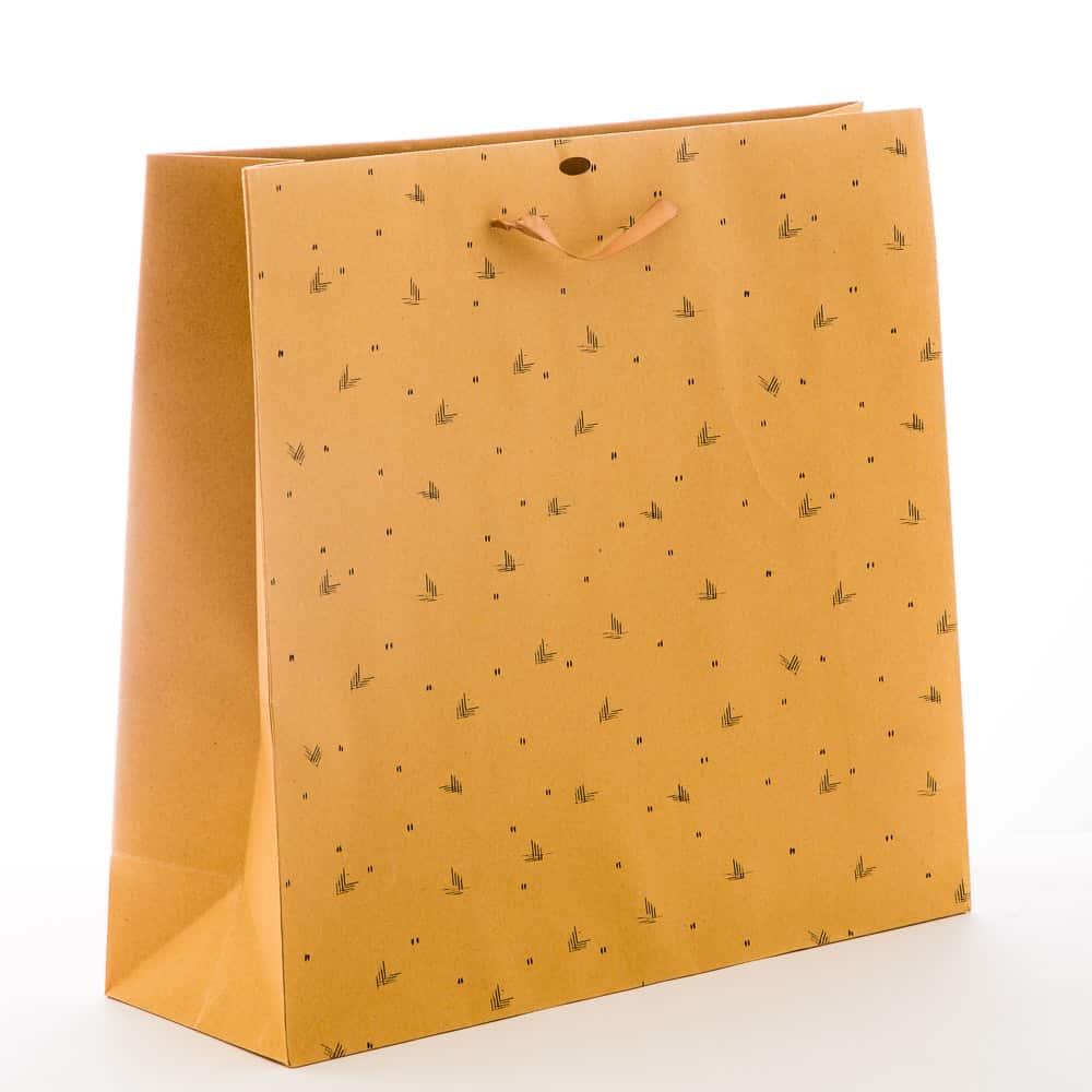 un sac en papier kraft sur-mesure