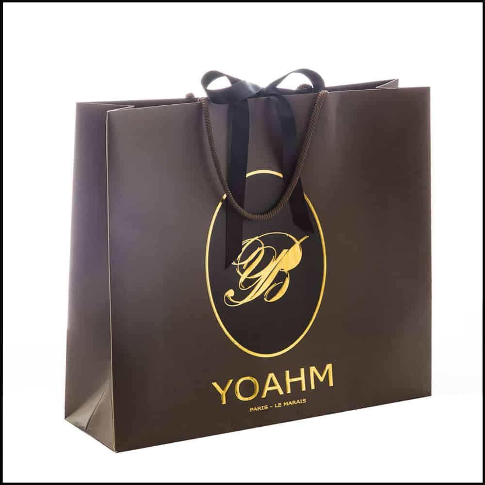 un sac papier luxe pour la boutique Yoahm