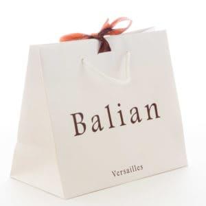 un sac papier luxe avec ruban pour Balian