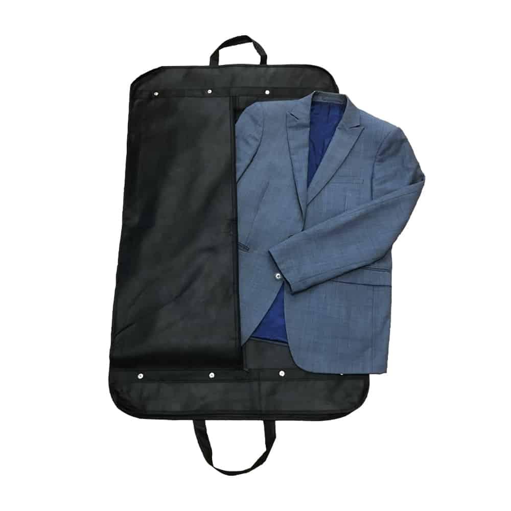 une housse pour costume homme personnalisable